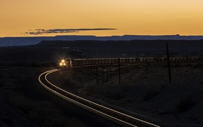 Picture night, train, railroad