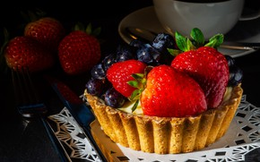 Picture berries, the dark background, table, food, blueberries, strawberry, pie, knife, the tea party, Cup, plug, …