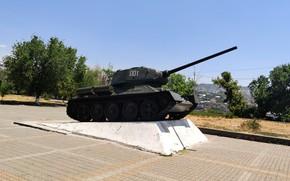 Picture tank, exhibit, Yerevan, T-34-85