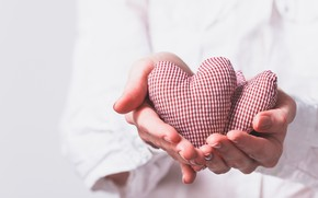 Picture light, heart, hands