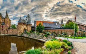 Picture clouds, pond, castle, Germany, Castle Satzvey, Mechernich
