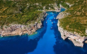 Picture yachts, Spain, Balearic Islands, Menorca, the Bay of Cales Coves