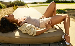 Picture girl, actress, lies, Gugu Mbatha-Raw