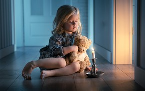 Picture candle, girl, bear, on the floor, Teddy bear, closed eyes