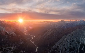 Picture the sky, the sun, clouds, rays, mountains, fog, river, rocks, dawn, the slopes, tops, view, …