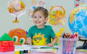 Picture the sun, joy, smile, emotions, table, wall, paint, study, child, boy, pencils, baby, t-shirt, handle, …