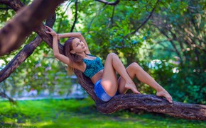 Picture sexy, pose, Park, model, shorts, portrait, makeup, figure, hairstyle, brown hair, topic, legs, sitting, on …