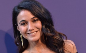 Picture look, pose, smile, actress, smile, look, pose, actress, Emmanuelle Chriqui, Emmanuelle Chriqui
