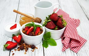 Picture berries, Breakfast, honey, yogurt, oatmeal, granola, Olena Rudo