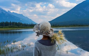 Picture forest, the sky, girl, clouds, landscape, mountains, nature, lake, shore, back, rye, hat, spikelets, ears, ...