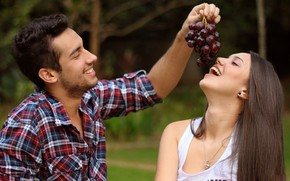Picture girl, joy, smile, grapes, pair, male, lovers
