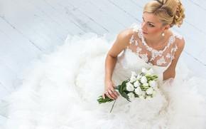 Picture girl, bouquet, dress, hairstyle, the bride, wedding, eustoma, Oleksii Hrecheniuk