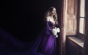 Picture look, girl, light, flowers, room, bouquet, window, fantasy, twilight, waiting, Princess, curls, purple, long-haired, petale