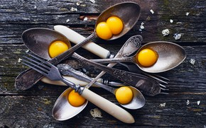 Picture eggs, fork, spoon