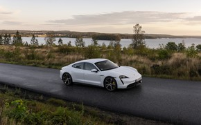 Picture Porsche, wet asphalt, Turbo S, 2020, Taycan