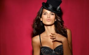 Picture model, hat, cylinder, Raica Oliveira