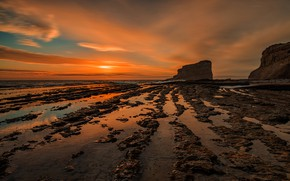 Picture sea, the sky, the sun, clouds, sunset, stones, rocks, shore, the evening, surf