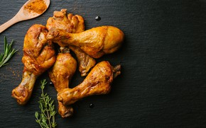 Picture chicken, legs, black background, rosemary, curry, seasoning, chiken