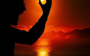 Picture moon, sky, sea, clouds, man, sunset horizon