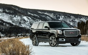 Picture 2018, GMC, SUV, Denali, Yukon, mountains in the background