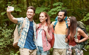 Picture forest, nature, girls, guys, smile, are, backpacks, tourists, selfie, photographed