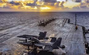 Picture aircraft carrier, USS Theodore Roosevelt, CVN 71