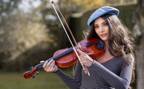 Picture girl, violin, It