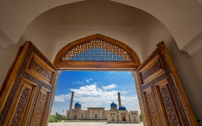 Picture mosque, the dome, the minaret, Uzbekistan, Tashkent