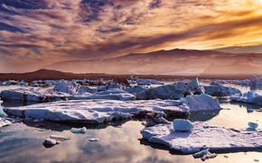 Picture ice, winter, the sky, clouds, snow, mountains, lilac, shore, ice, the evening, ice, Iceland, pond