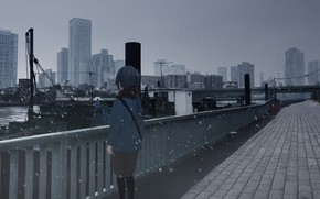Picture the city, boy, cloudy sky