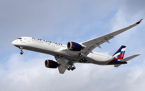 Picture The plane, Liner, Aeroflot, Landing, Airbus, Aeroflot, Airbus A350-900, Chassis, A passenger plane, Airbus A350 …