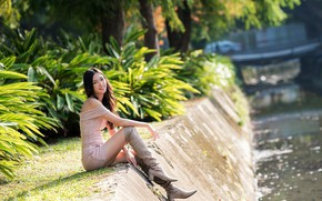 Picture girl, sexy, smile, boots, legs, Asian