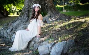 Picture girl, stones, tree, tummy, dress, wreath
