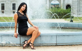 Picture sexy, dress, brunette, fountain, legs, beauty, Martina