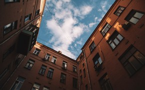 Picture the sky, Windows, home, yard, confined space