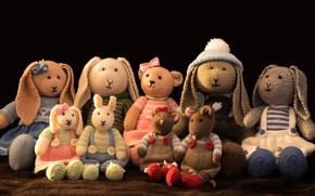Picture childhood, comfort, style, retro, clothing, toy, toys, mouse, dress, bear, costume, black background, Bunny, a …
