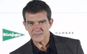 Picture look, jacket, actor, photoshoot, Antonio Banderas, Antonio Banderas, pose