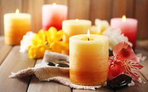 Picture flowers, candles, bokeh