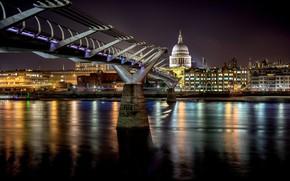 Picture night, bridge, London, UK, Millennium Bridge