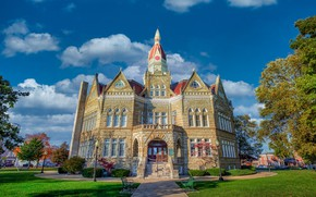 Picture trees, the building, architecture, Il, Illinois, Pittsfield, Courthouse, Pike County Courthouse, Pittsfield