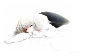 Picture figure, girl, blue eyes, lying on the floor, Sawasawa, white blouse