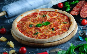 Picture cheese, pizza, tomatoes, Basil, pepperoni