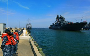 Picture ship, Two thousand seven, visit, Admiral Chabanenko, large, anti-submarine, Norfolk