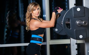 Picture look, girl, pose, shorts, figure, hairstyle, blonde, belt, gloves, topic, fitness, athlete, rod, the gym, …