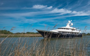 Picture yacht, Aurora, luxury yacht, company Feadship