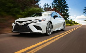 Picture white, movement, Toyota, sedan, 2018, Camry, XSE