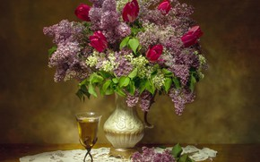Picture glass, bouquet, tulips, lilac