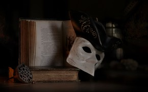 Picture old, style, retro, books, mask, book, black background, still life