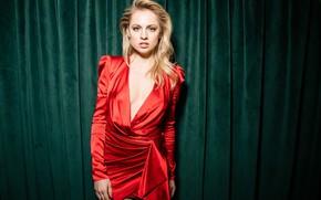 Picture look, pose, figure, actress, Yanina Studilina