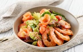 Picture salad, shrimp, salmon
